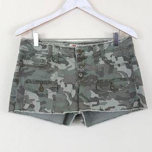 Lei Ashley Lowrise Button Fly Camo Shorts 11